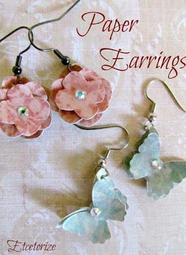 Papel DIY Pendientes | 10 sencillos y frescos Ideas joyería de bricolaje | Accesorios de bricolaje, ver más en http://artesaniasdebricolaje.ru/diy-jewelry-cool-easy-diy-jewelry-ideas