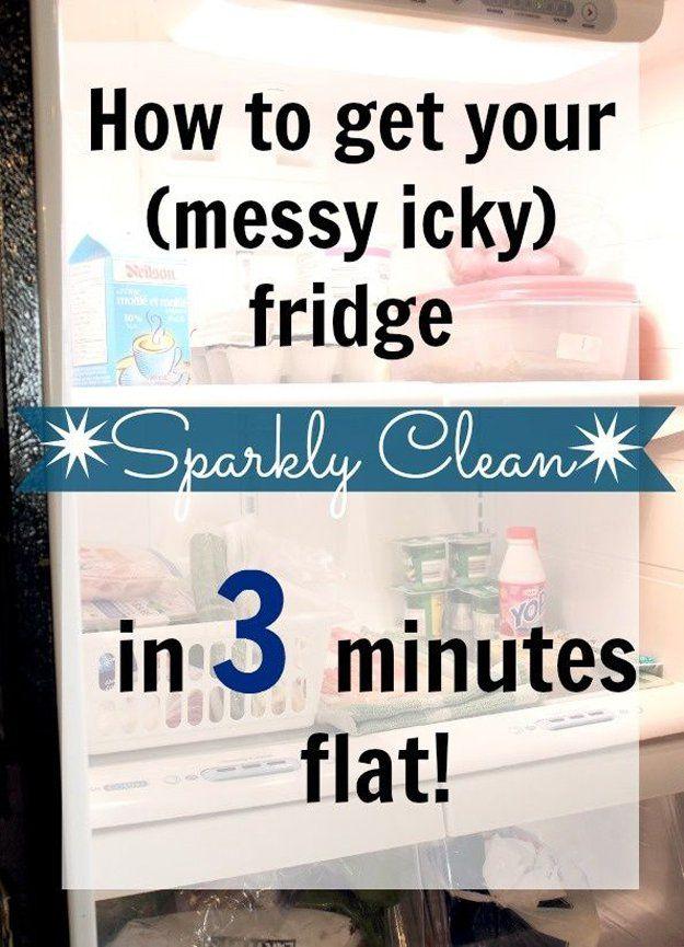 Rápido y fácil de bricolaje Nevera Limpieza Hack   artesaniasdebricolaje.ru/10-minute-cleaning-hacks-that-will-keep-your-home-sparkling/