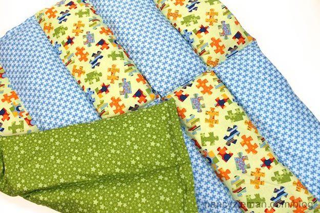 DIY Manta ponderado Barato y Fácil | http://artesaniasdebricolaje.ru/11-weighted-blanket-diy/
