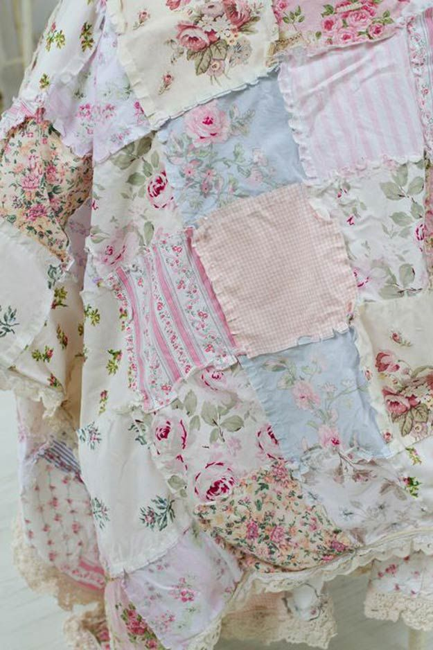 Hermosas Ideas elegante lamentable de cama | http://artesaniasdebricolaje.ru/12-diy-shabby-chic-bedding-ideas/