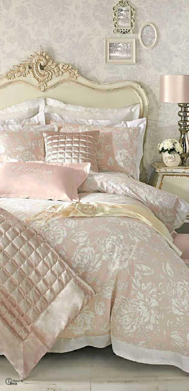 Francés inspiración elegante lamentable de cama | http://artesaniasdebricolaje.ru/12-diy-shabby-chic-bedding-ideas/