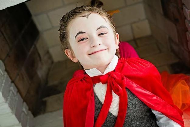 chicos bricolaje idea vampiro traje, ver más a http://artesaniasdebricolaje.ru/diy-vampire-costume