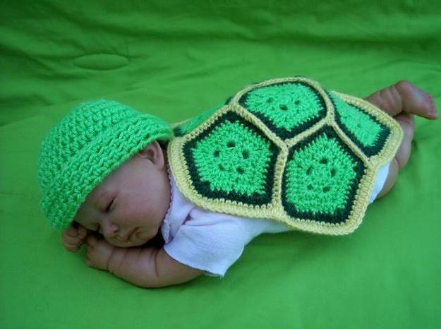 bebé de punto Tortuga Ninja idea del traje, ver más a http://artesaniasdebricolaje.ru/diy-ninja-turtle-costume-ideas