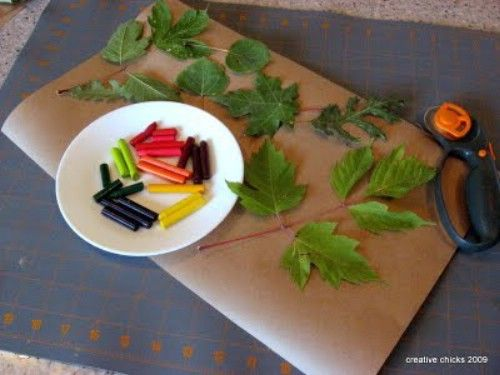 Hoja Calcos - 15 Fabulous Fall Leaf Crafts for Kids