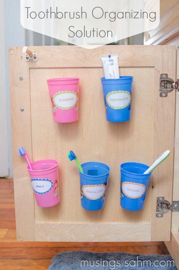Baño Organización Consejos e Ideas | http://artesaniasdebricolaje.ru/organization-hacks-bathroom-storage-ideas/