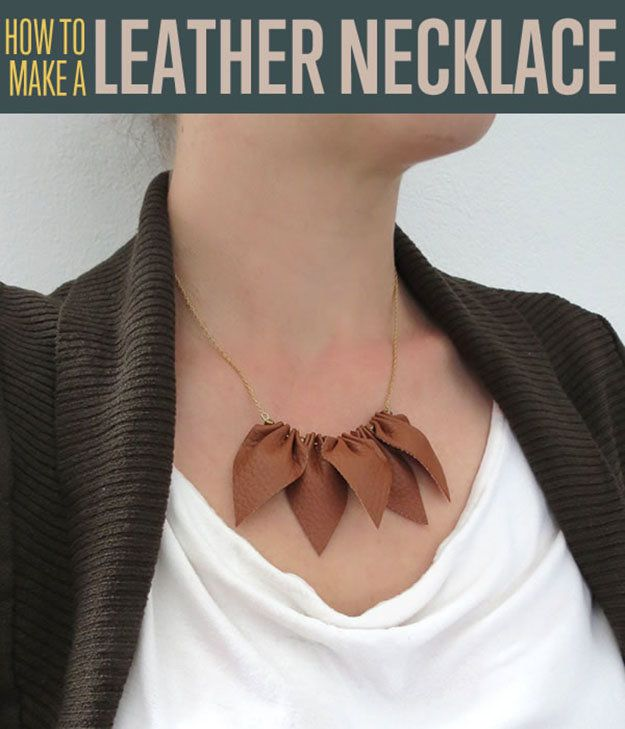 DIY Cuero sencillo collar Tutorial | http: //artesaniasdebricolaje.ru/diy-necklaces-diy-jewelry/