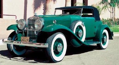 1.932 Stutz Bearcat DV32 Súper convertible, parte de la línea Stutz DV32 de coches de colección 1932 hasta 1936.