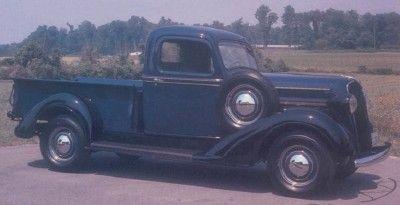 Recogida 1937 Plymouth PT-50 media tonelada