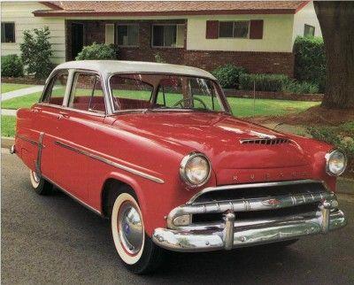 Las ventas del 1954 Hudson Jet lag, contribuyendo a la desaparición de la empresa.