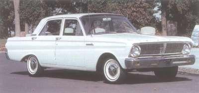 1965 Ford Falcon sedán de cuatro puertas