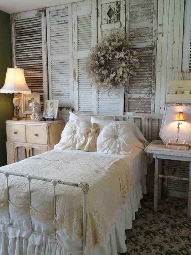 Rústico casera elegante lamentable de la decoración de pared | http://artesaniasdebricolaje.ru/diy-shabby-chic-decor/