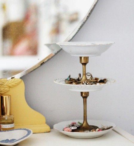DIY stand de joyería de la vendimia