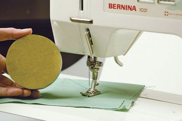 Diseño Costura Hacks | http://artesaniasdebricolaje.ru/sewing-ideas-life-hacks/
