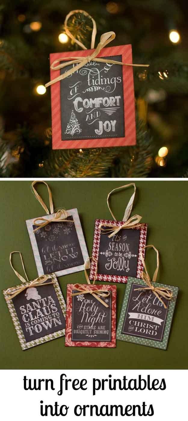 Libre para imprimir Pizarra DIY Ornamento de Navidad   27 espectacularmente DIY fácil ornamentos de navidad, ver más en http://artesaniasdebricolaje.ru/spectacularly-easy-diy-ornaments-for-your-christmas-tree