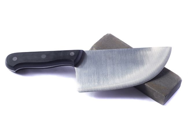 Cómo afilar un cuchillo de cocina - Con una piedra de afilar