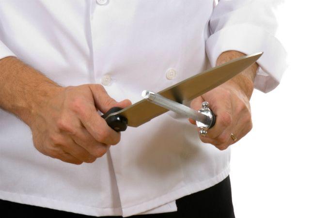 Cómo afilar un cuchillo de cocina - Con una varilla de acero