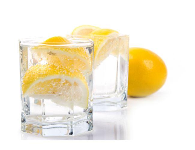 Hecho en casa de plata polaco - con Lima Limón Soda Agua
