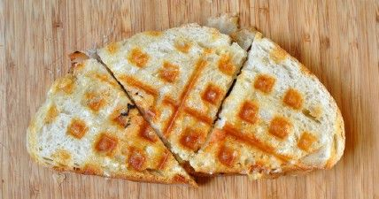 Panini - 35 deliciosas comidas no lo hiciste't Know You Could Cook in Your Waffle Iron
