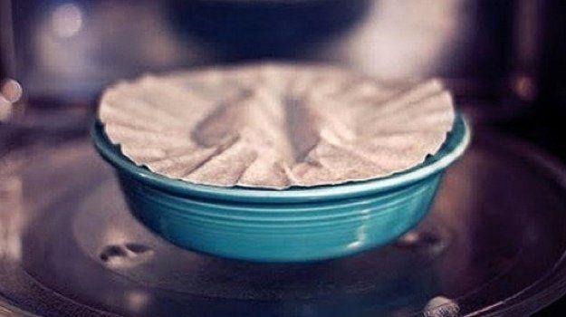 Usos de los Filtros de café | Hacks de cocina de DIY listo en http://artesaniasdebricolaje.ru/uses-for-coffee-filters-diy-projects-and-ideas