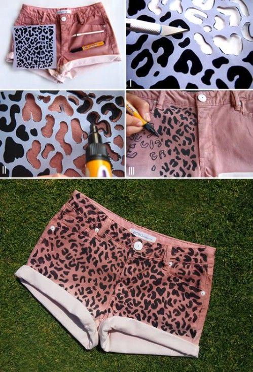 Pantalones cortos del estampado leopardo