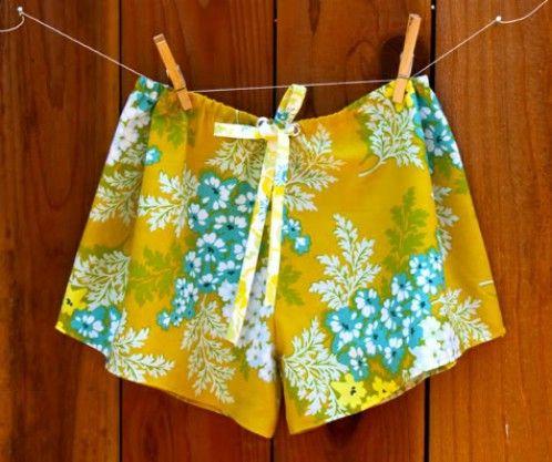 Pantalones cortos lindos del sueño