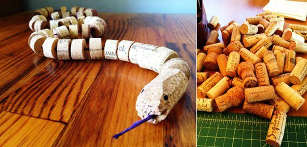Vino Cork DIY Craft Tutorial para Niños | http://artesaniasdebricolaje.ru/more-wine-cork-crafts-ideas/