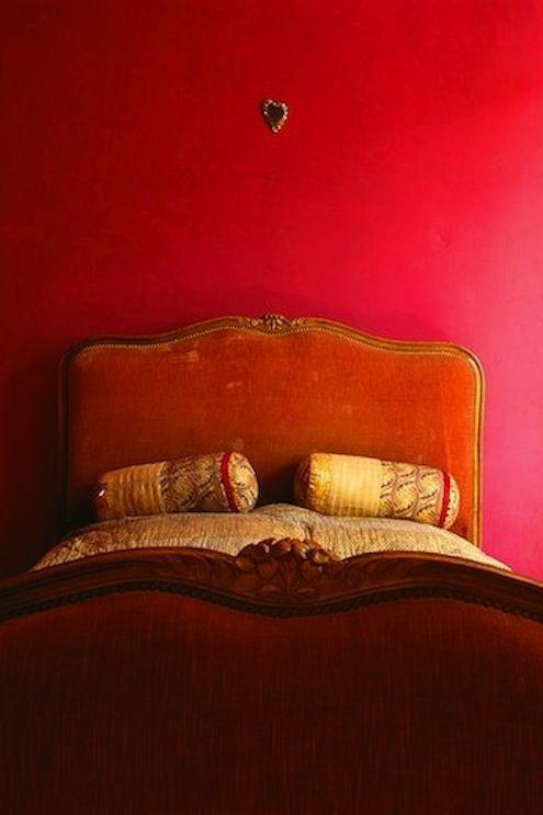 rojo-room25