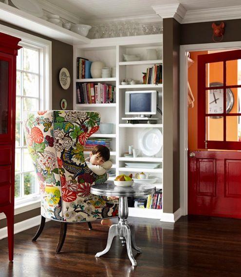 rojo-habitación-puerta