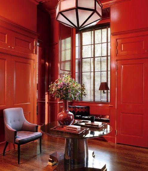 rojo-sala-revestimiento de madera