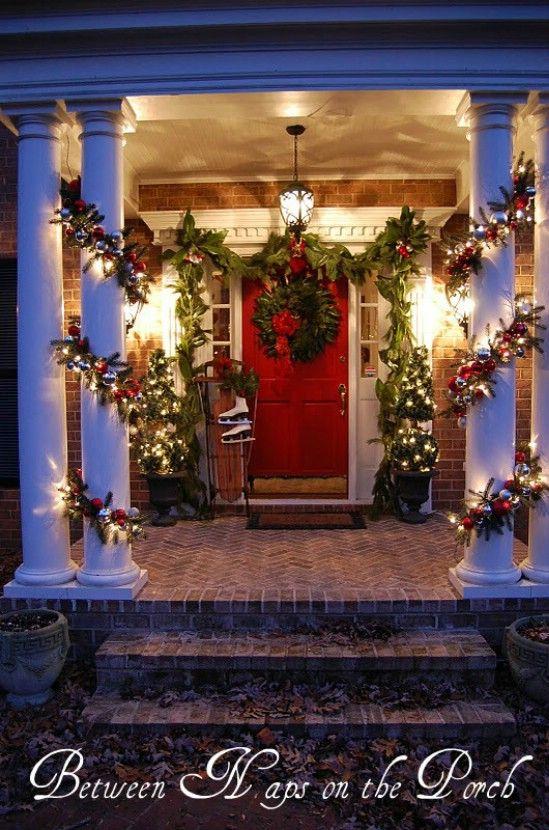 Utilice fresco Ramitas - 60 bellamente festivas maneras de decorar su porche para Navidad