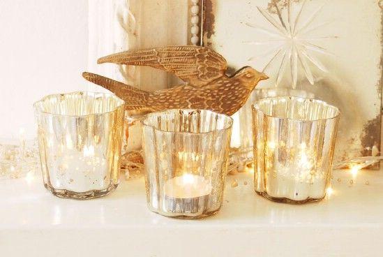 Utilice Velas - 60 bellamente festivas maneras de decorar su porche para Navidad