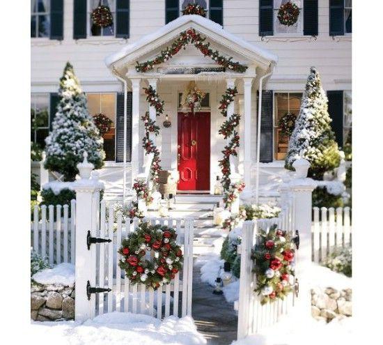 No se olvide el reno - 60 maravillosamente festivas maneras de decorar su porche para Navidad