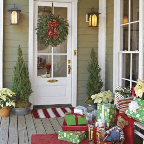 Porche Presents - 60 bellamente festivas maneras de decorar tu porche para Navidad
