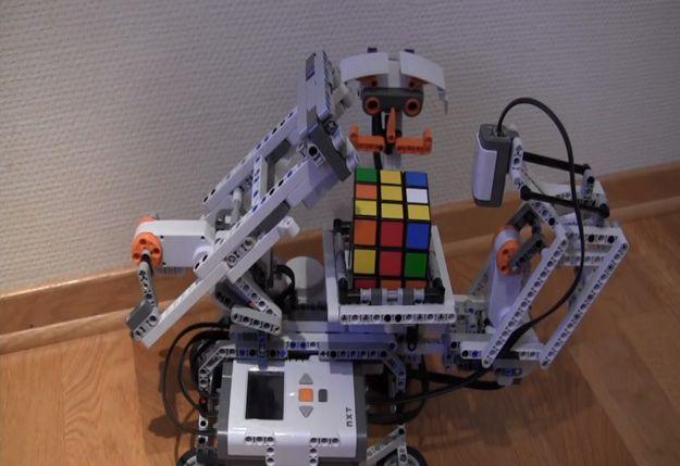 Diversión Lego Mindstorms Ideas | http://artesaniasdebricolaje.ru/9-diy-lego-mindstorms-ideas/