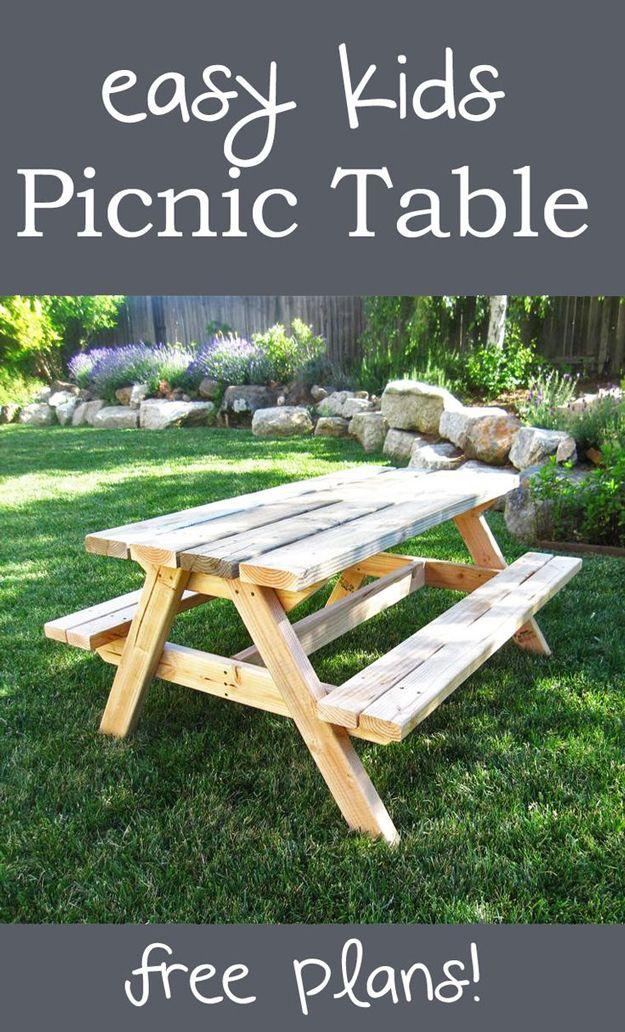 Simple DIY Backyard Muebles para Niños | artesaniasdebricolaje.ru/diy-projects-backyard-furniture/