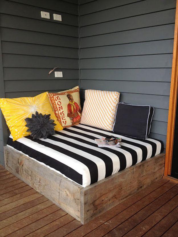 Simple hecho en casa de bricolaje de madera del patio trasero Muebles | artesaniasdebricolaje.ru/diy-projects-backyard-furniture/