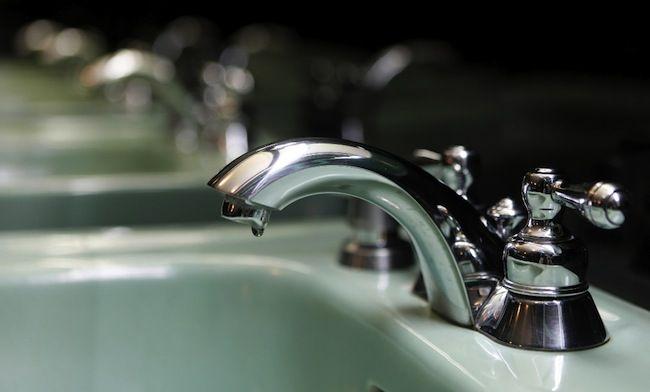 Consejos verdes para el Hogar - Dripping Faucet
