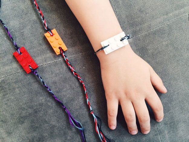 Fácil de bricolaje pulsera Ideas y tutoriales a muchachas | http://artesaniasdebricolaje.ru/cheap-diy-jewelry-projects-for-girls/