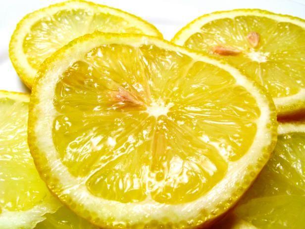Fotografía - Limpieza con jugo de limón