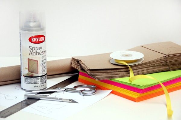 DIY Kraft y neón Recortable Bunting