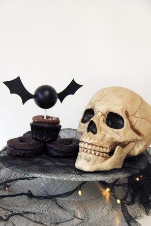 Víspera de bricolaje Bat primero de la magdalena