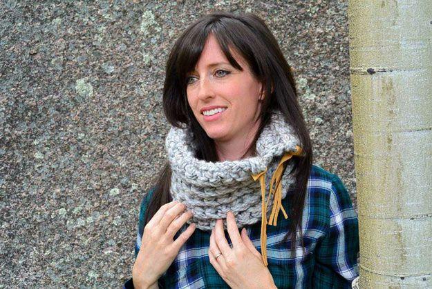 Echa un vistazo a la ropa de bricolaje | Accesorios para Mujeres en http://artesaniasdebricolaje.ru/diy-clothes-accessories-for-women/