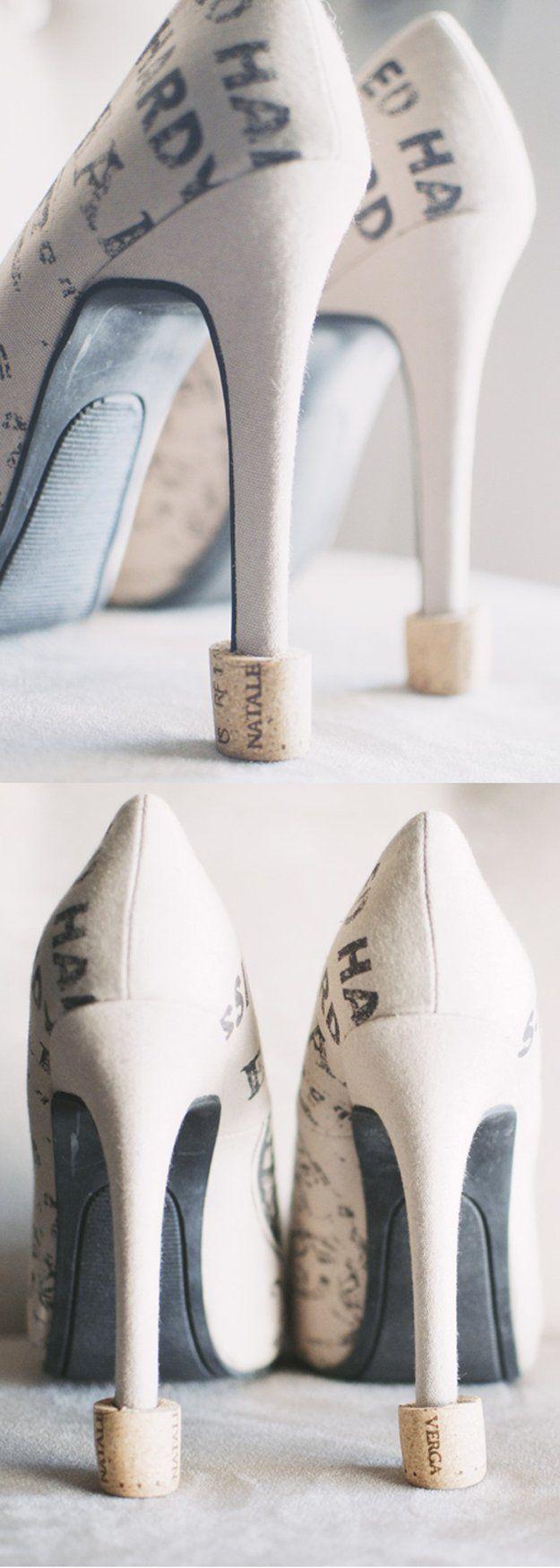 Manualidades Vino Corcho bricolaje pequeño y fácil | http://artesaniasdebricolaje.ru/more-wine-cork-crafts-ideas/