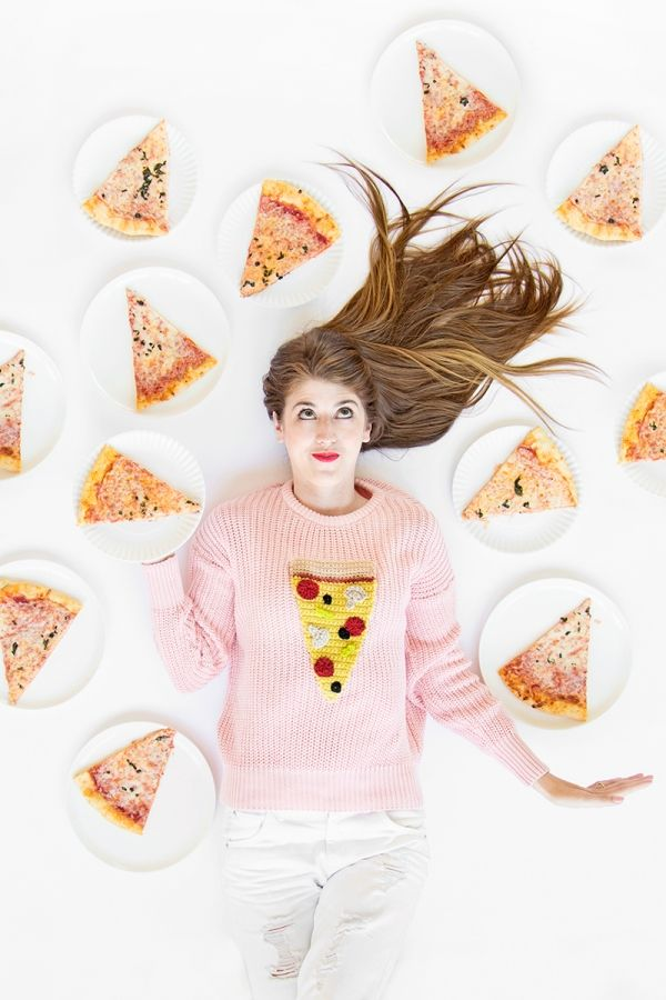 DIY ganchillo pizza Suéter | artesaniasdebricolaje.ru