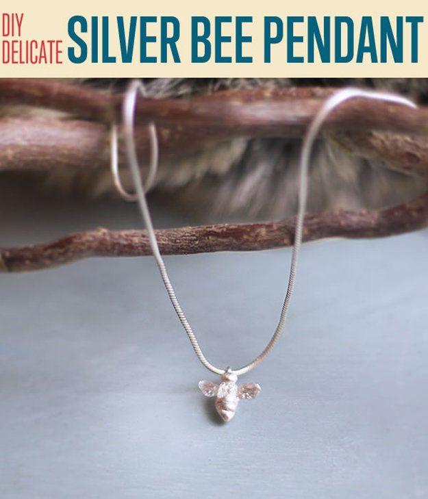 Fotografía - DIY delicado Bee Colgante de plata | Arcilla del polímero joyería