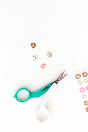 Bricolaje etiquetas del clavo Donut