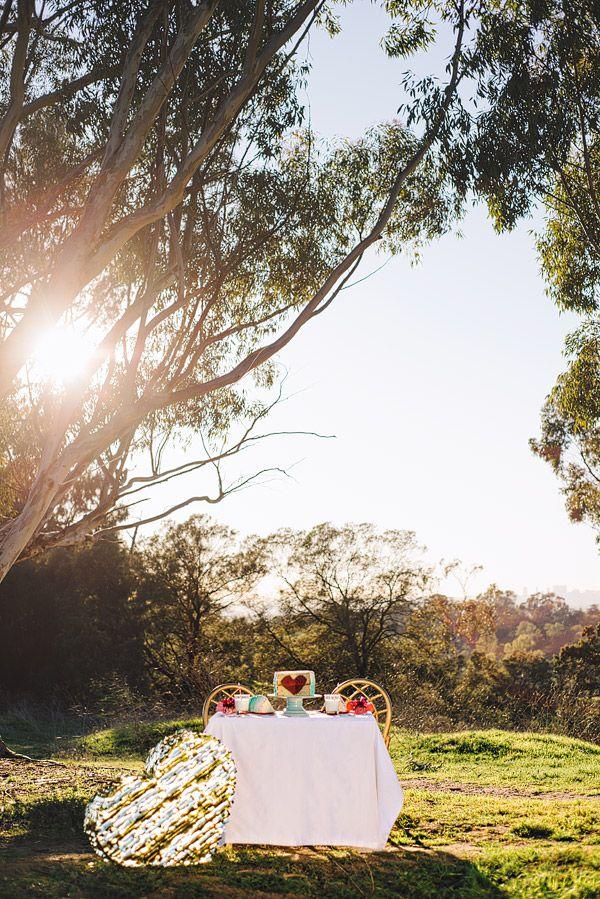 Día de San Valentín del corazón de la torta y de Piñata