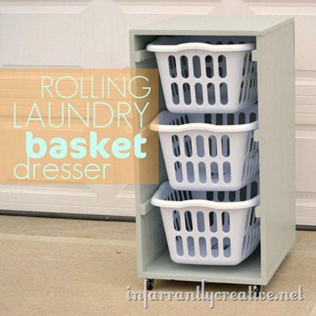 Cestas de bricolaje que ahorra espacio para la habitación de lavandería | http://artesaniasdebricolaje.ru/laundry-room-organization-ideas/
