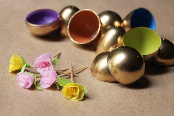 Pascua-papel-flores-y-huevos