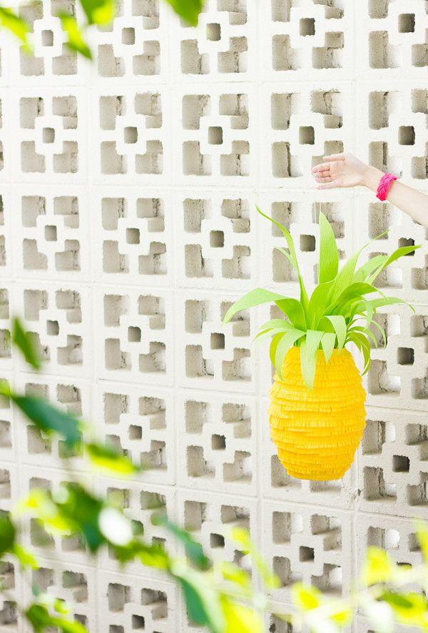 DIY Piña Piñata